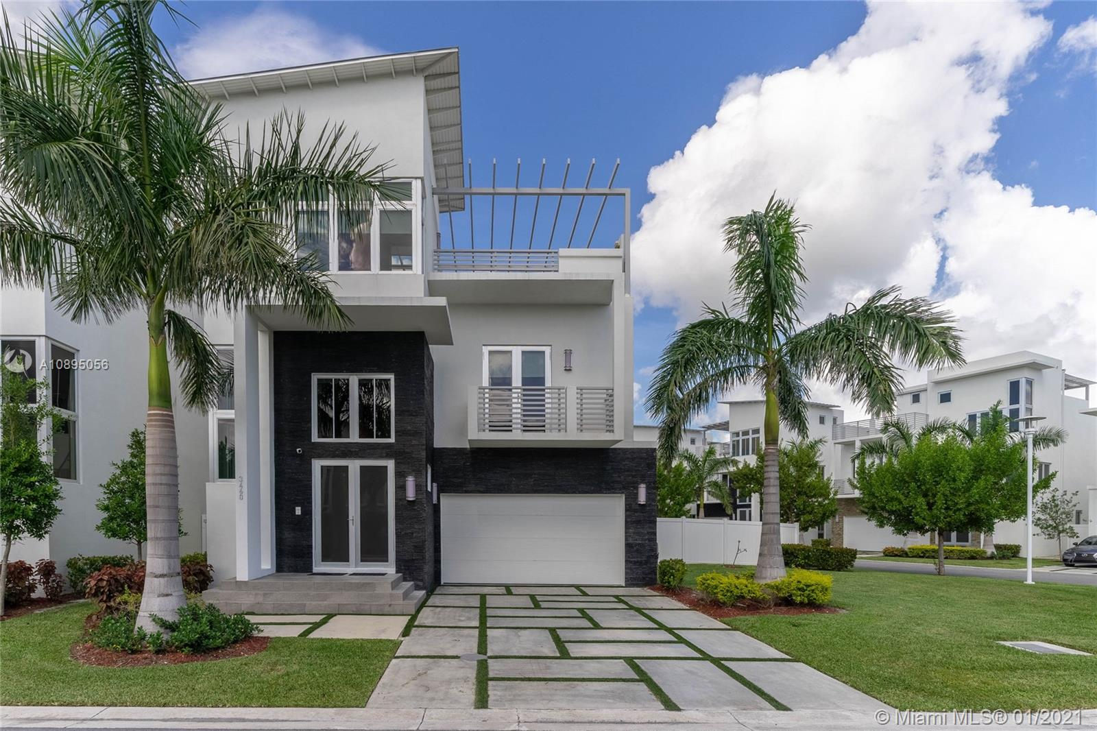 Oasis Park Square - 3460 NW 84 Ave, Doral, FL 33122