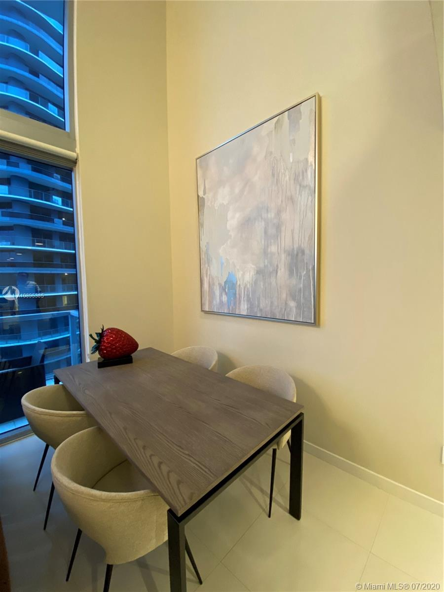 1050 Brickell Ave #2818 photo012