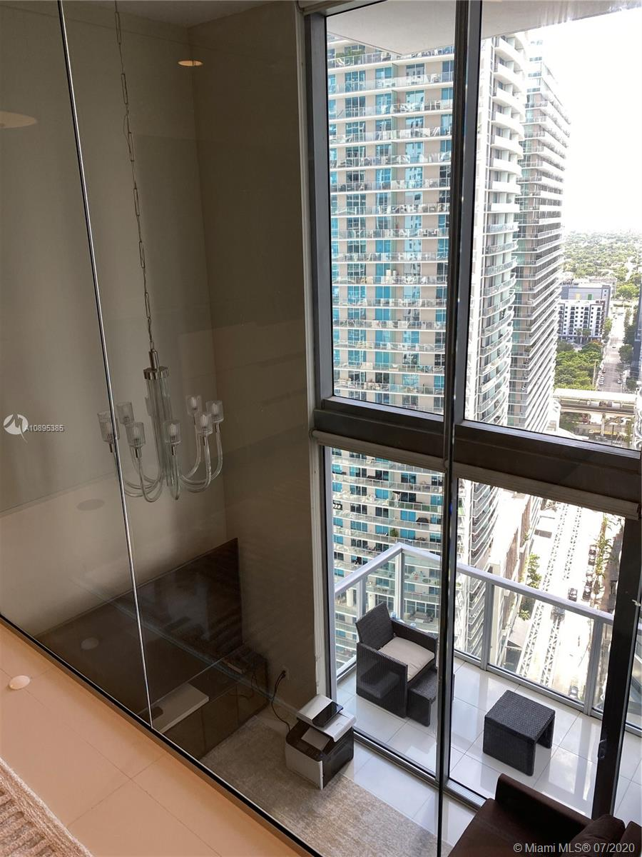 1050 Brickell Ave #2818 photo022