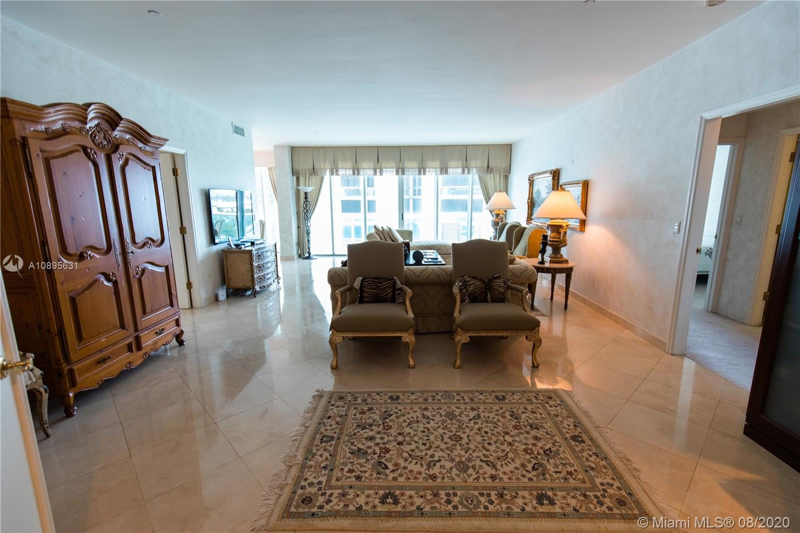 10101 Collins Ave #8D photo03