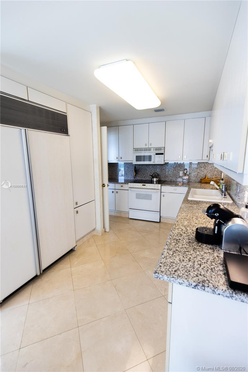 10101 Collins Ave #8D photo011