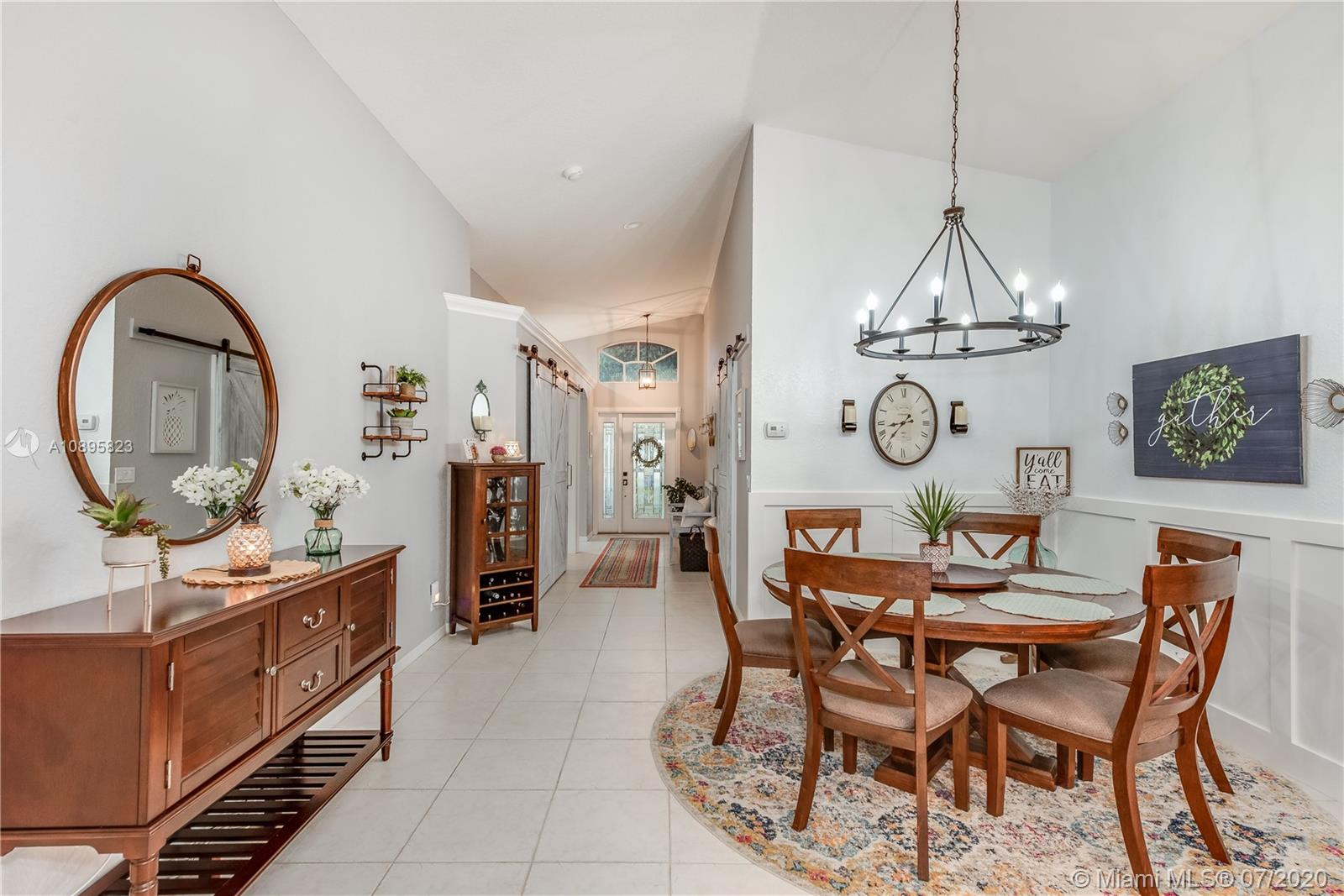 Oversized dining area with Wains Cotting