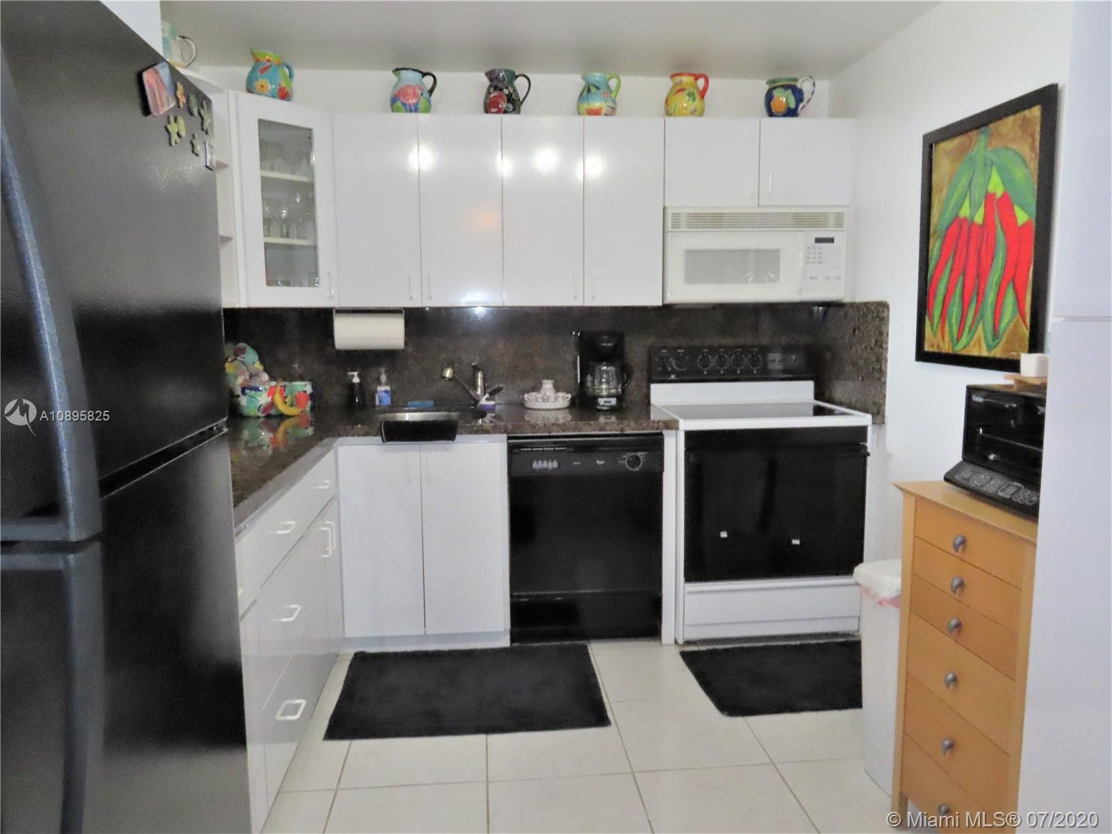 5701 Collins Ave #1209 photo05