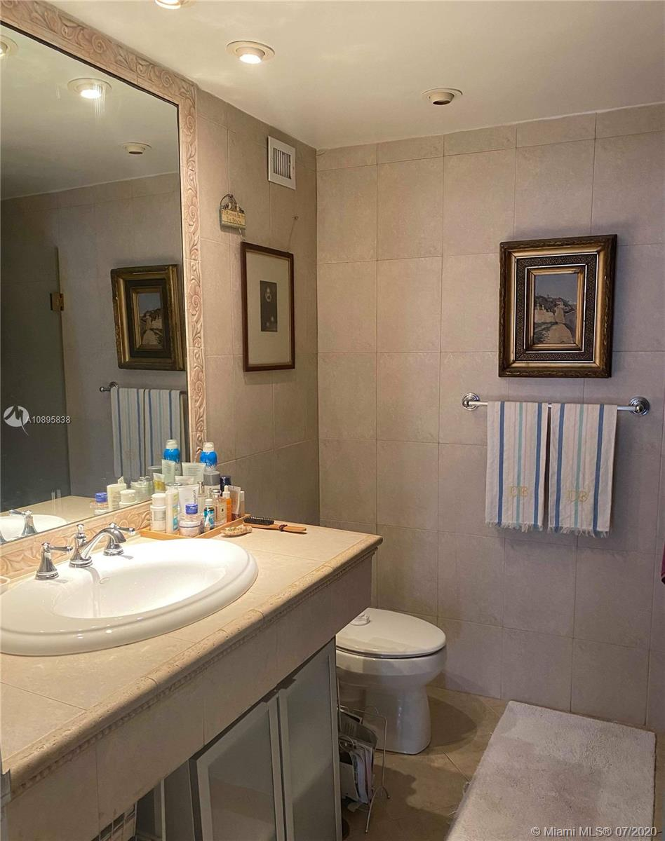 5255 Collins Ave #6C photo09