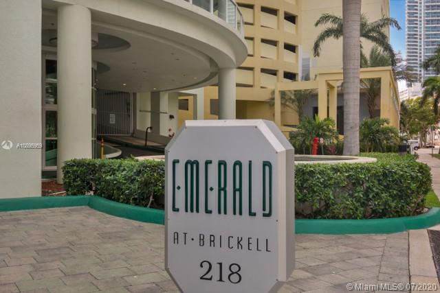Emerald at Brickell #TS307 photo01