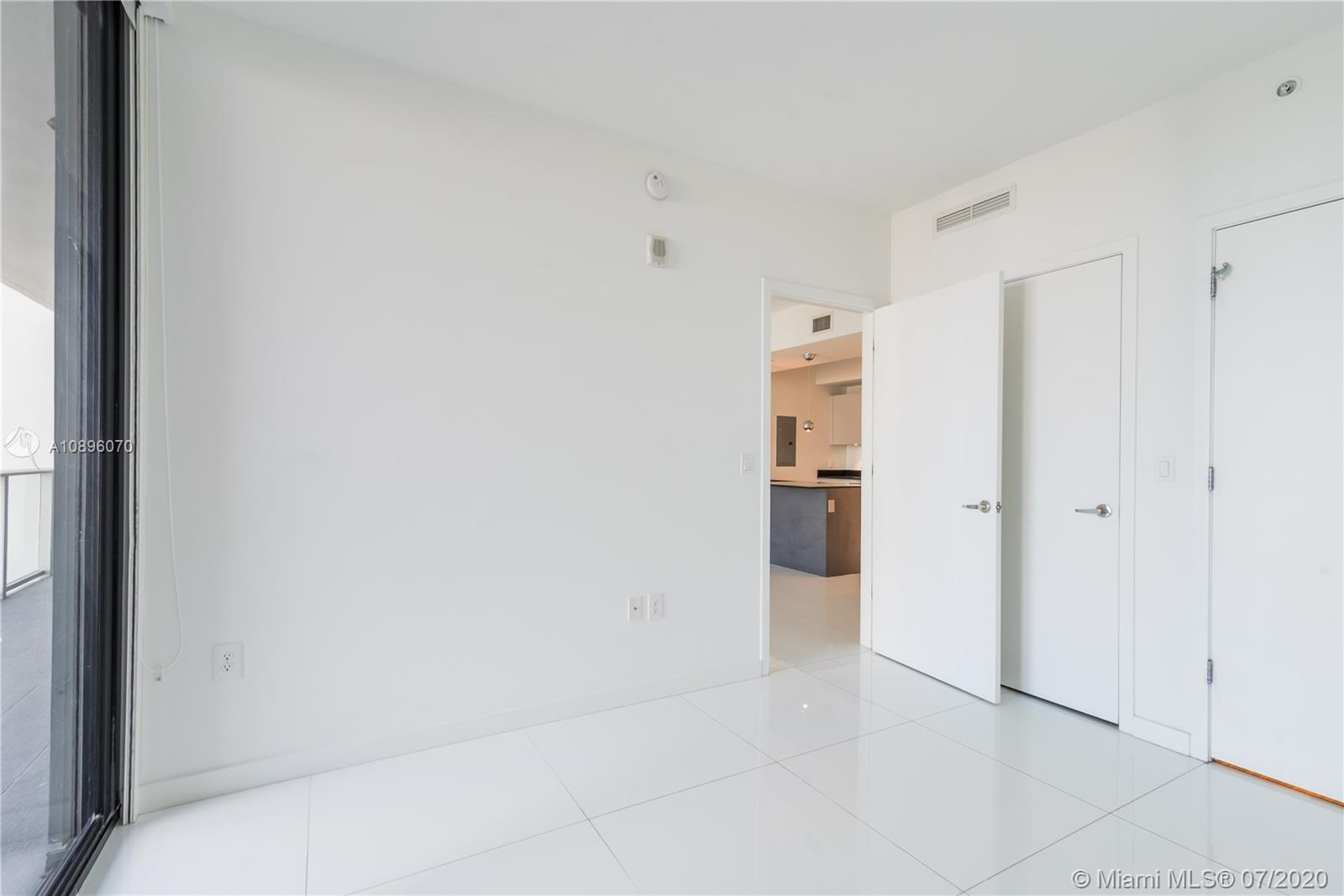 1010 Brickell #1703 photo20