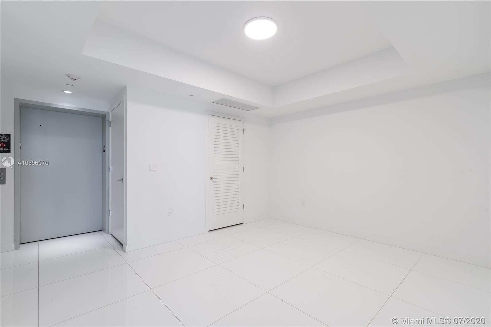 1010 Brickell #1703 photo18