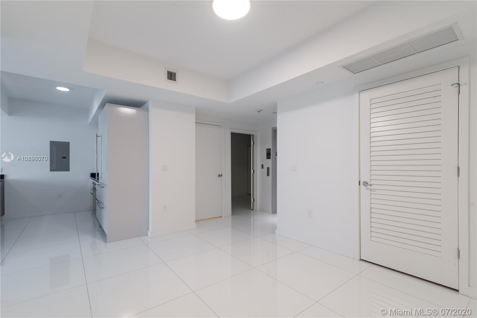 1010 Brickell #1703 photo21