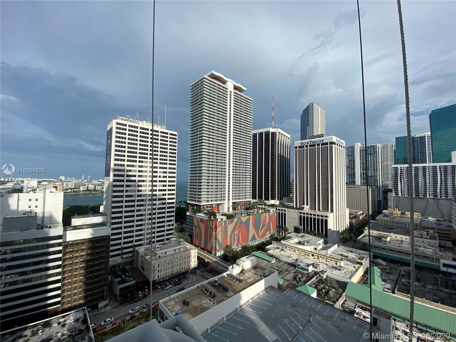 Loft Downtown II #2002 photo12