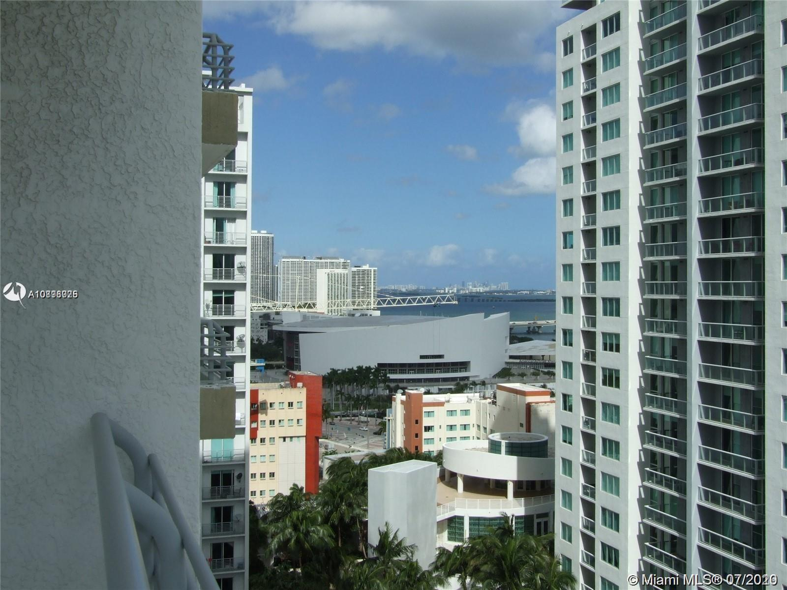 Loft Downtown II #2002 photo15