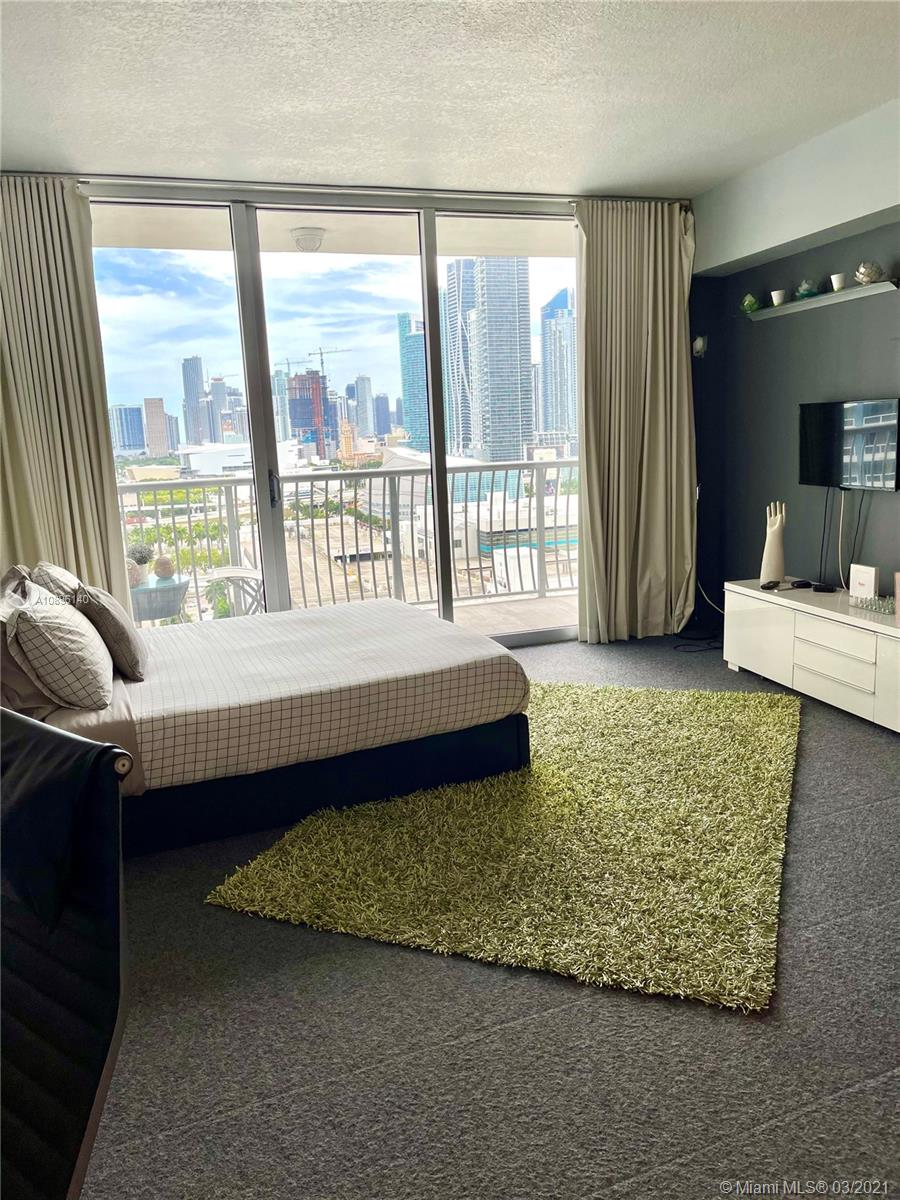 Photo of 1750 N Bayshore Dr #2008 listing for Sale