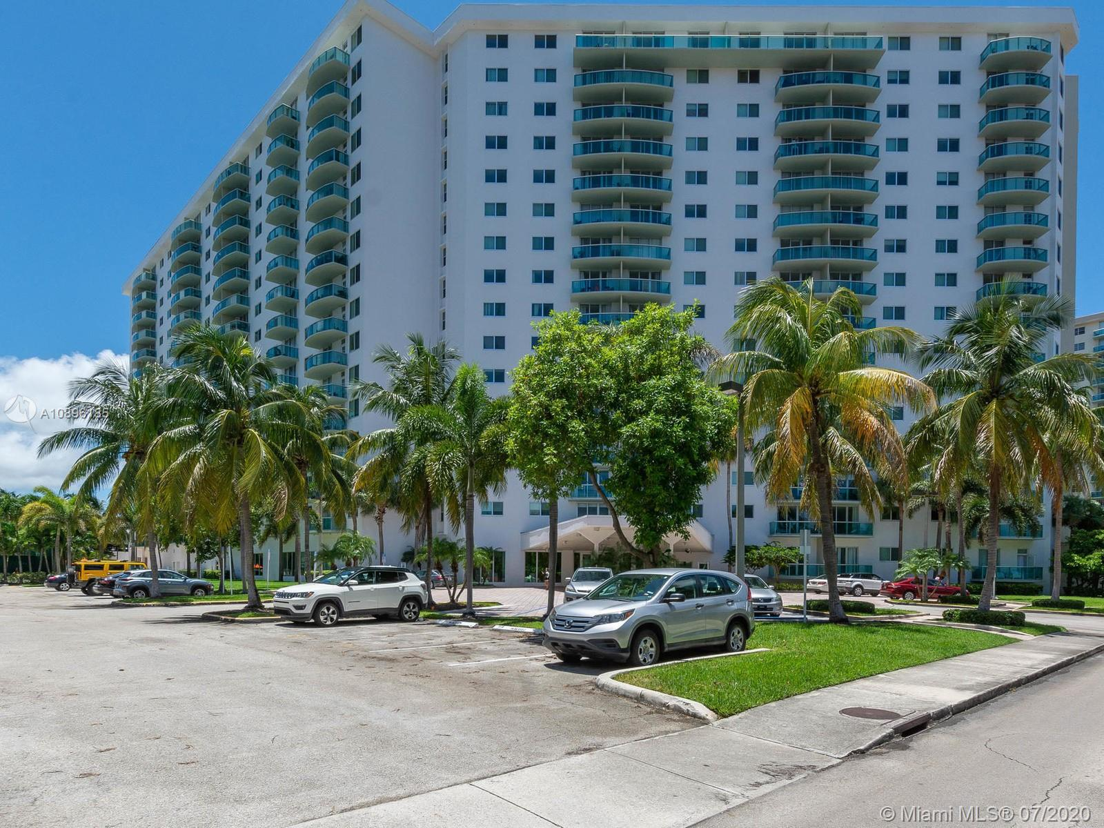 19380 Collins Ave #201 photo06