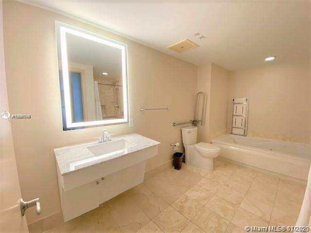 17375 Collins Ave #1406 photo08