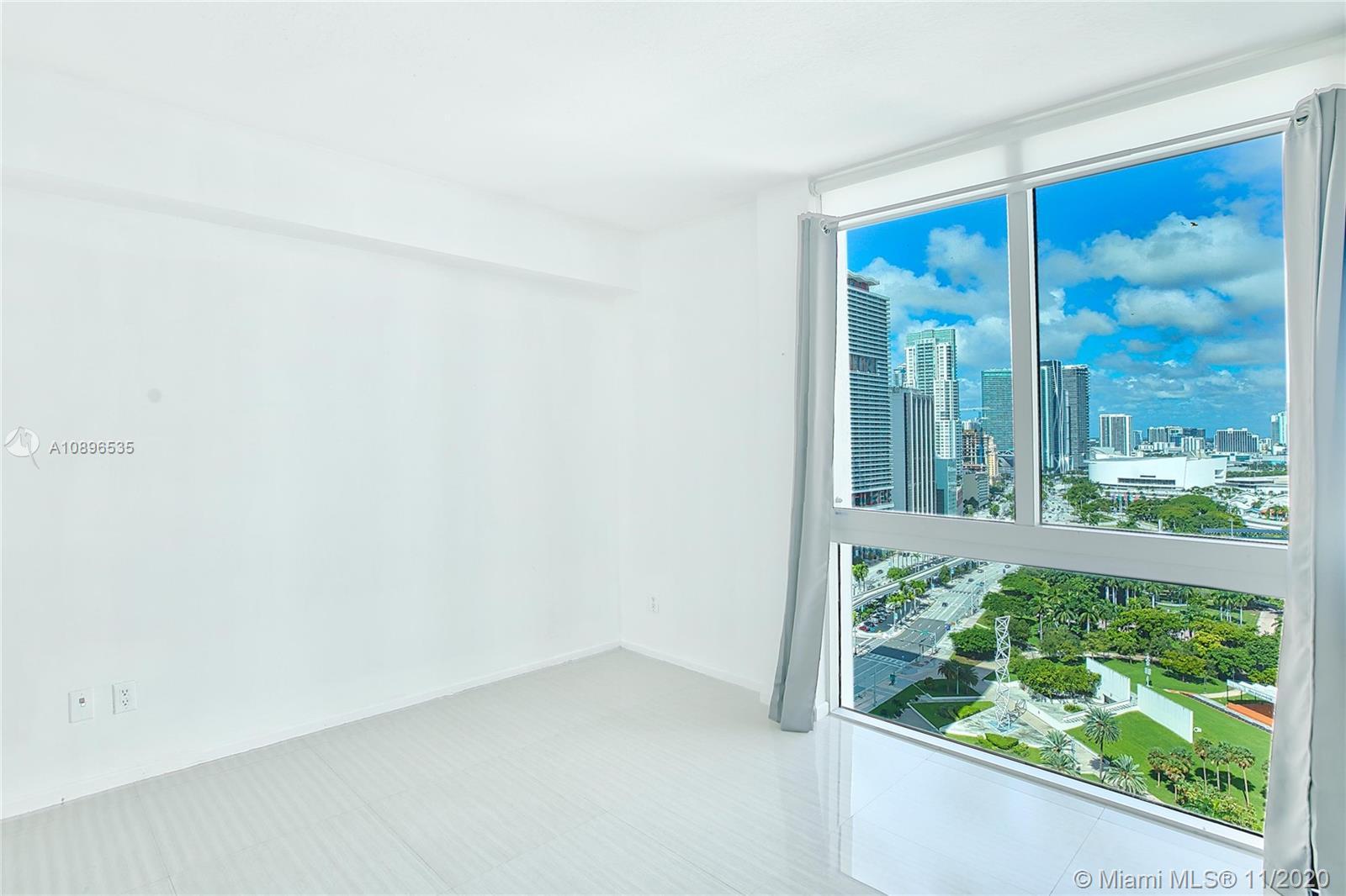 One Miami #2726 photo22