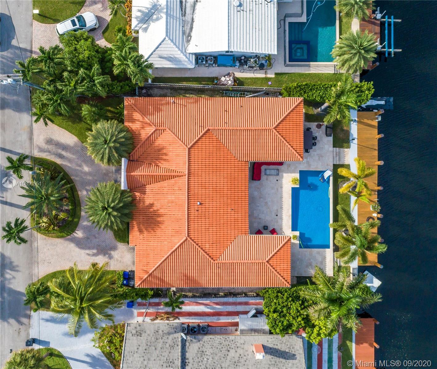 North Miami Beach - 16465 NE 32nd Ave, North Miami Beach, FL 33160