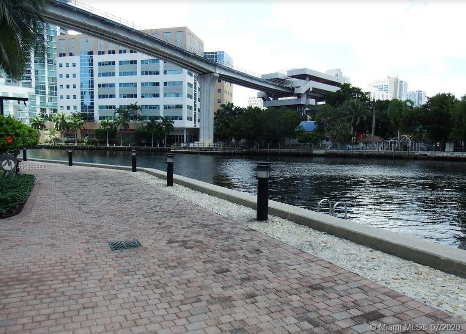 Brickell on the River #3006 photo36