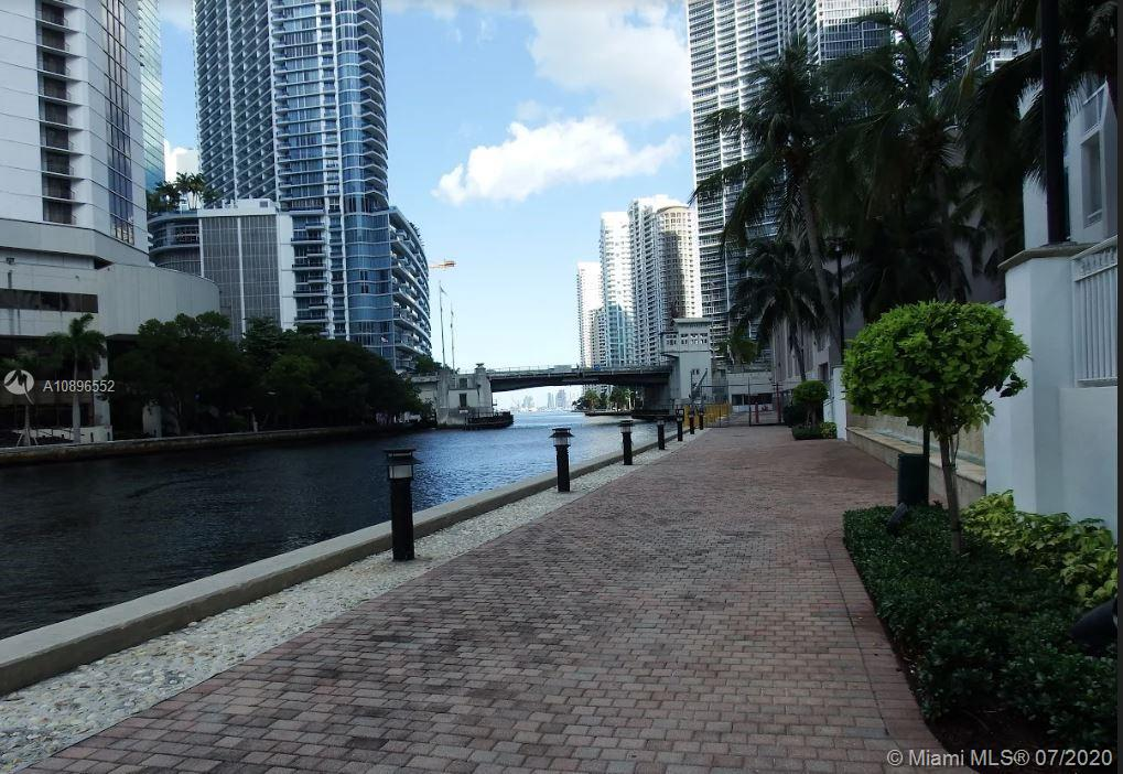 Brickell on the River #3006 photo37