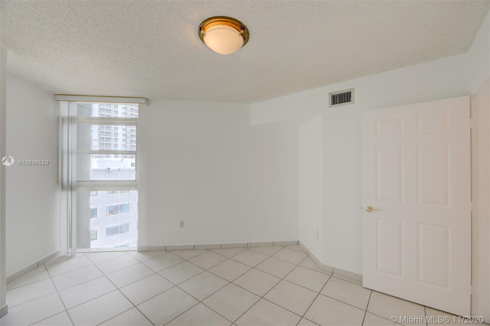6301 Collins Ave #1108 photo016