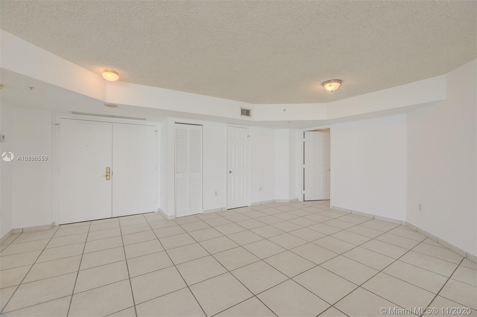 6301 Collins Ave #1108 photo04