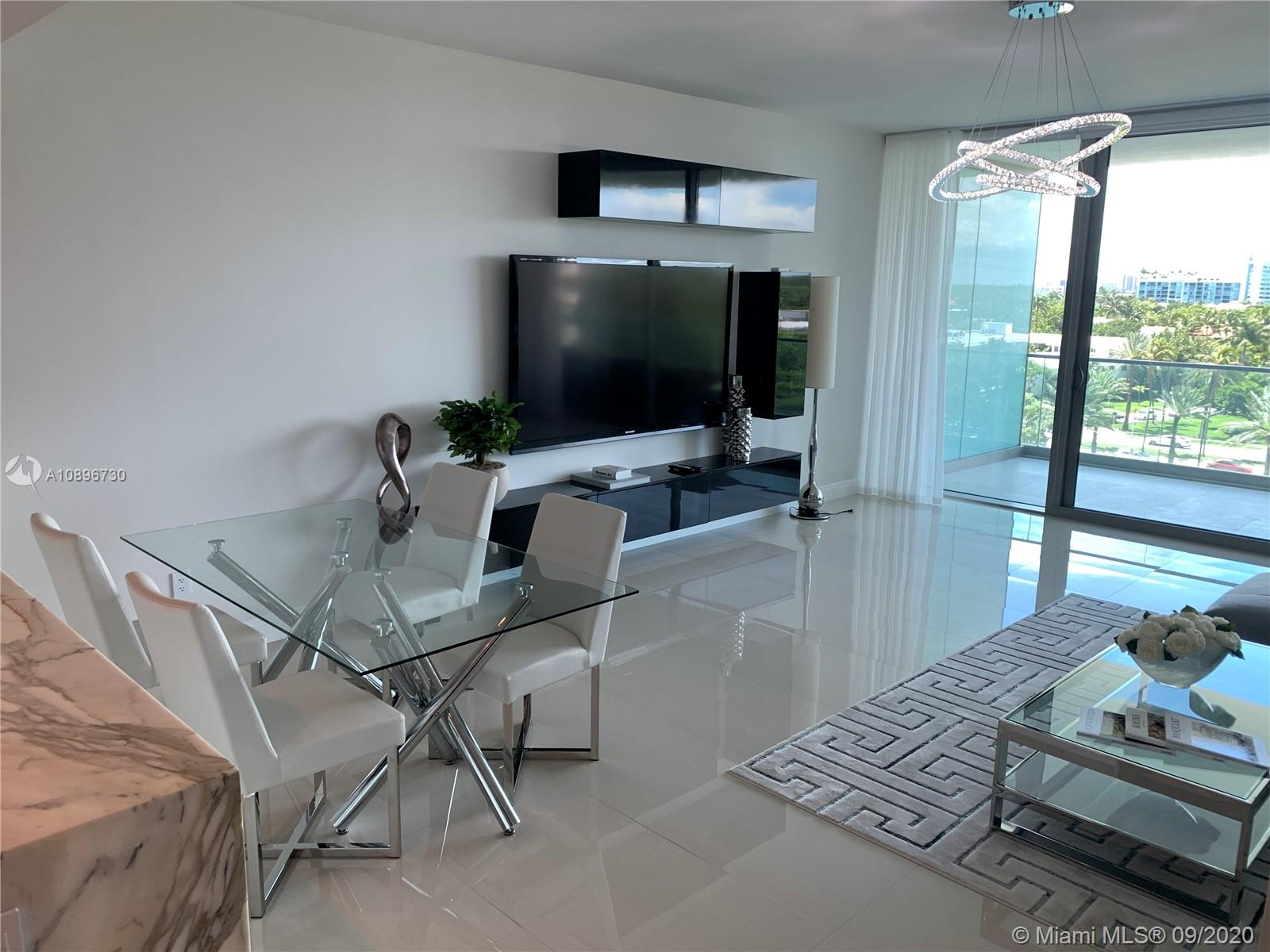 10203 Collins ave #604N photo03