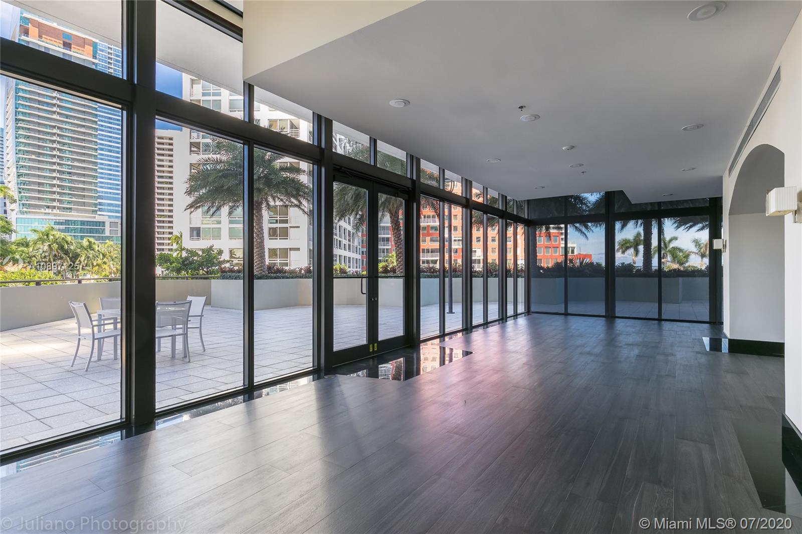 1581 Brickell Ave #104 photo040