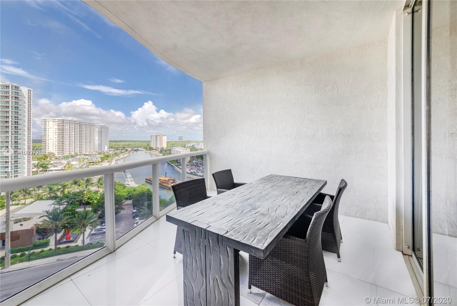 15811 Collins Ave #804 photo023