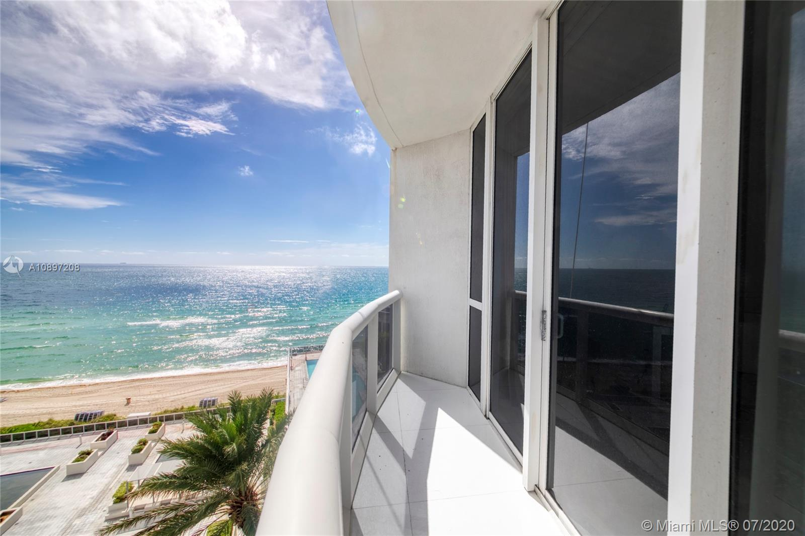 15811 Collins Ave #804 photo013