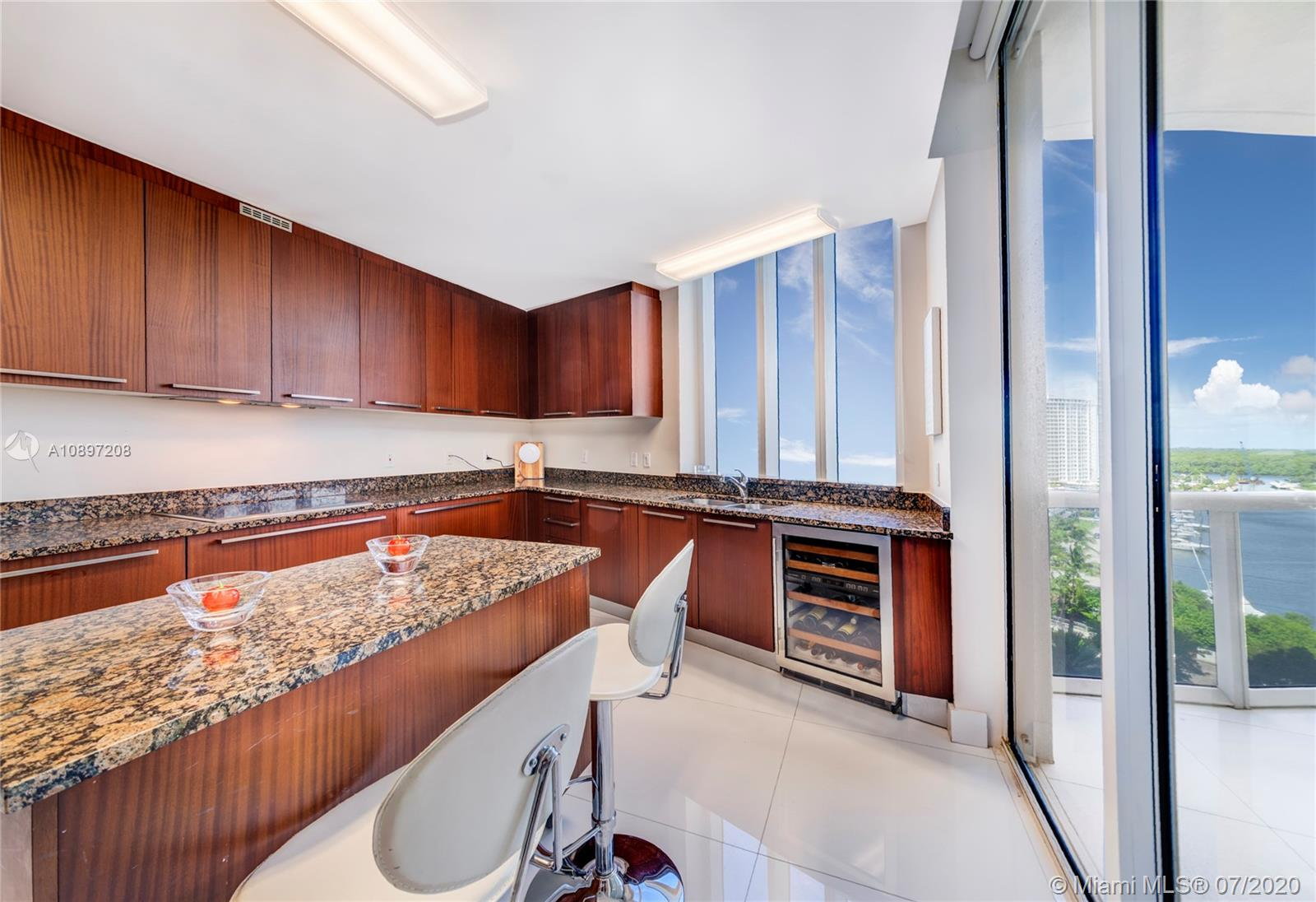 15811 Collins Ave #804 photo022