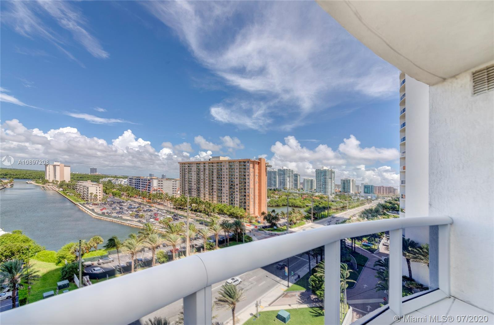 15811 Collins Ave #804 photo018
