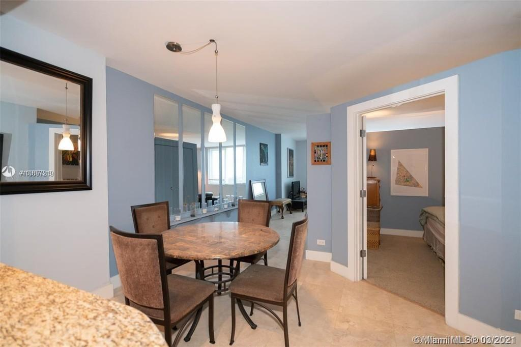 2301 Collins Ave #1528 photo07