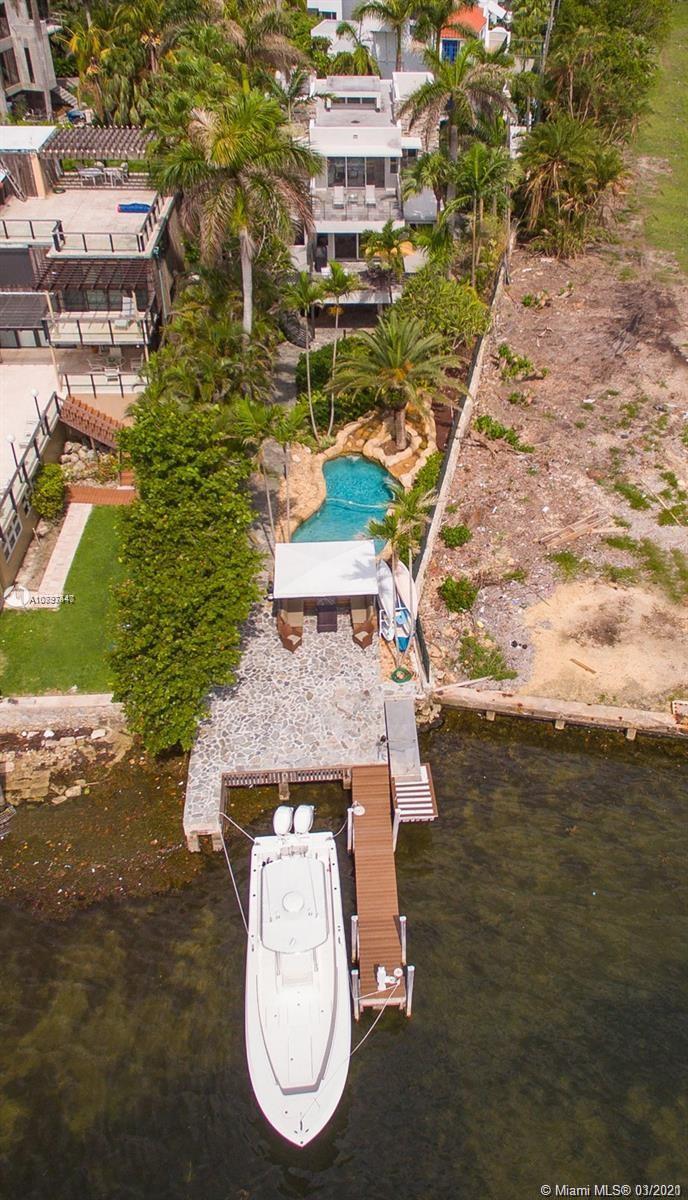 3523 N Bay Homes Dr photo08