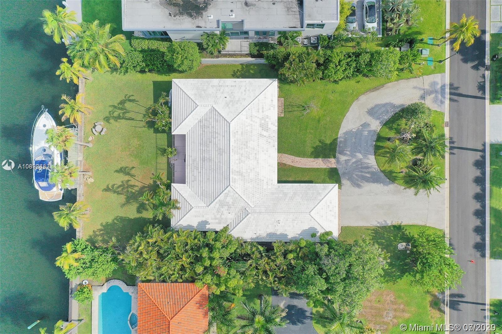 313 Center Island photo037
