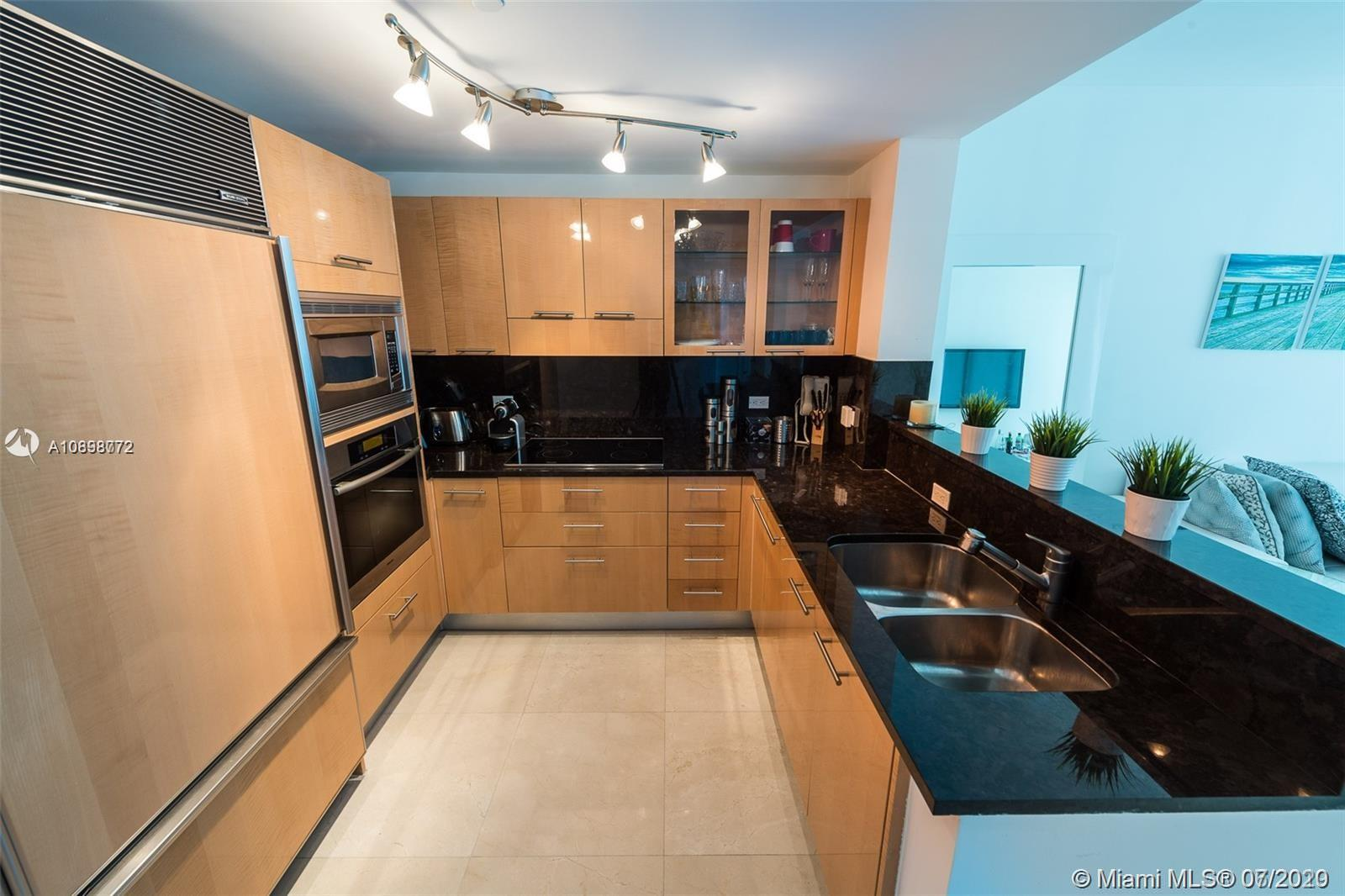 6799 Collins Ave #601 photo08