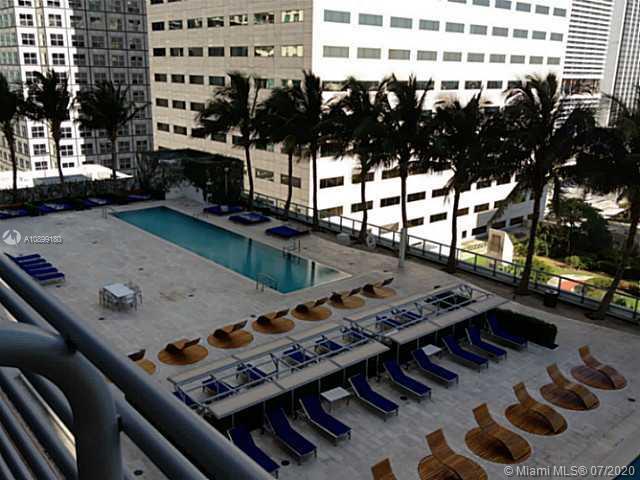 One Miami #1624 photo01