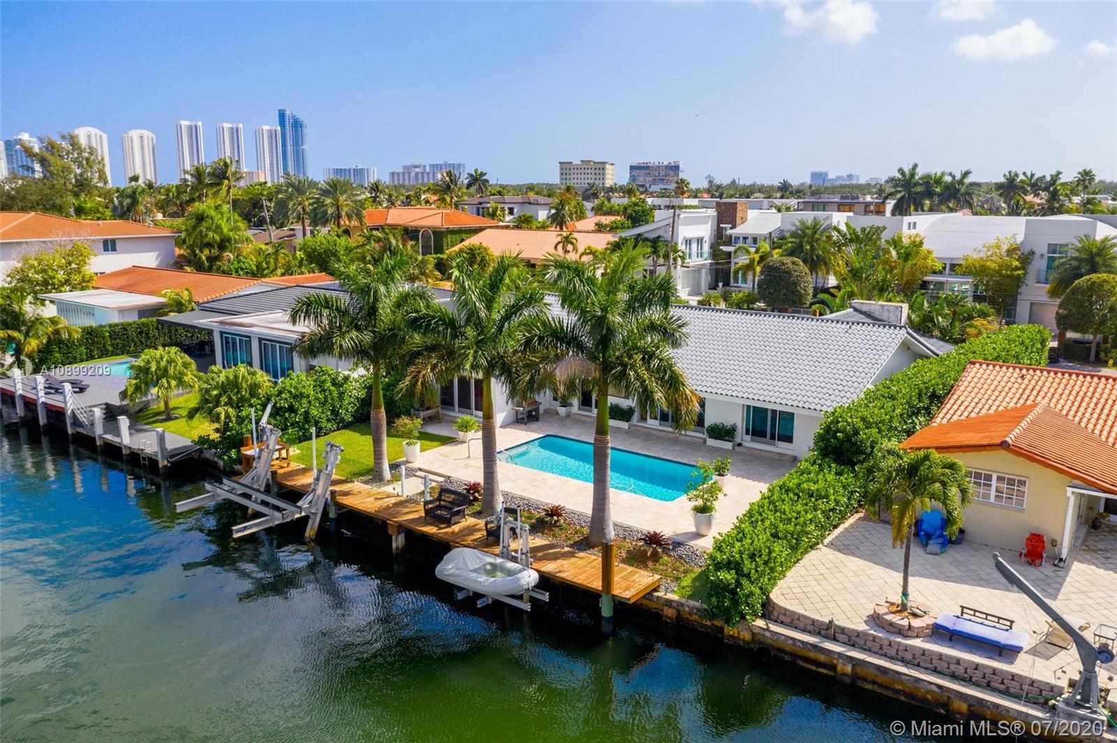 North Miami Beach # photo02