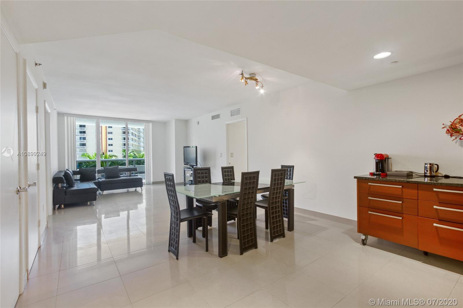 Beach Club III #407 - 1800 S Ocean Dr #407, Hallandale Beach, FL 33009