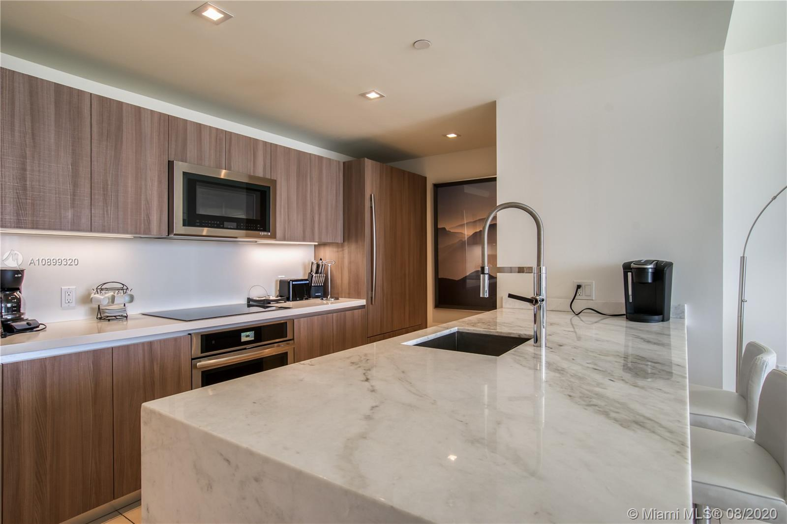 Gale Residences #613 photo13