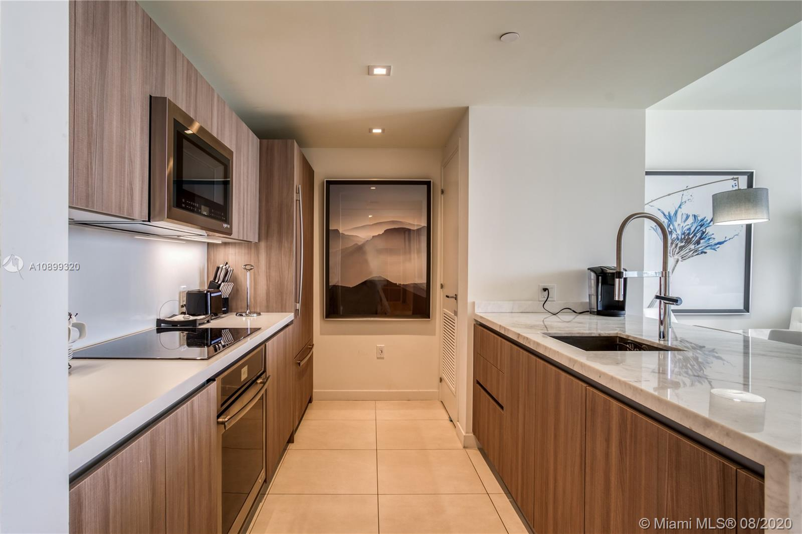 Gale Residences #613 photo14