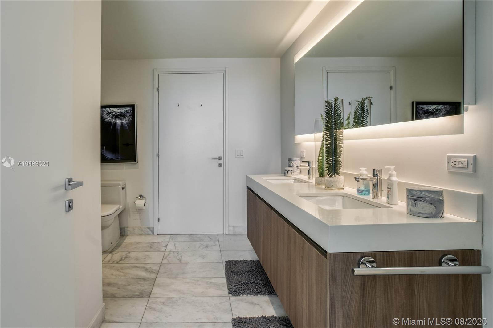 Gale Residences #613 photo25
