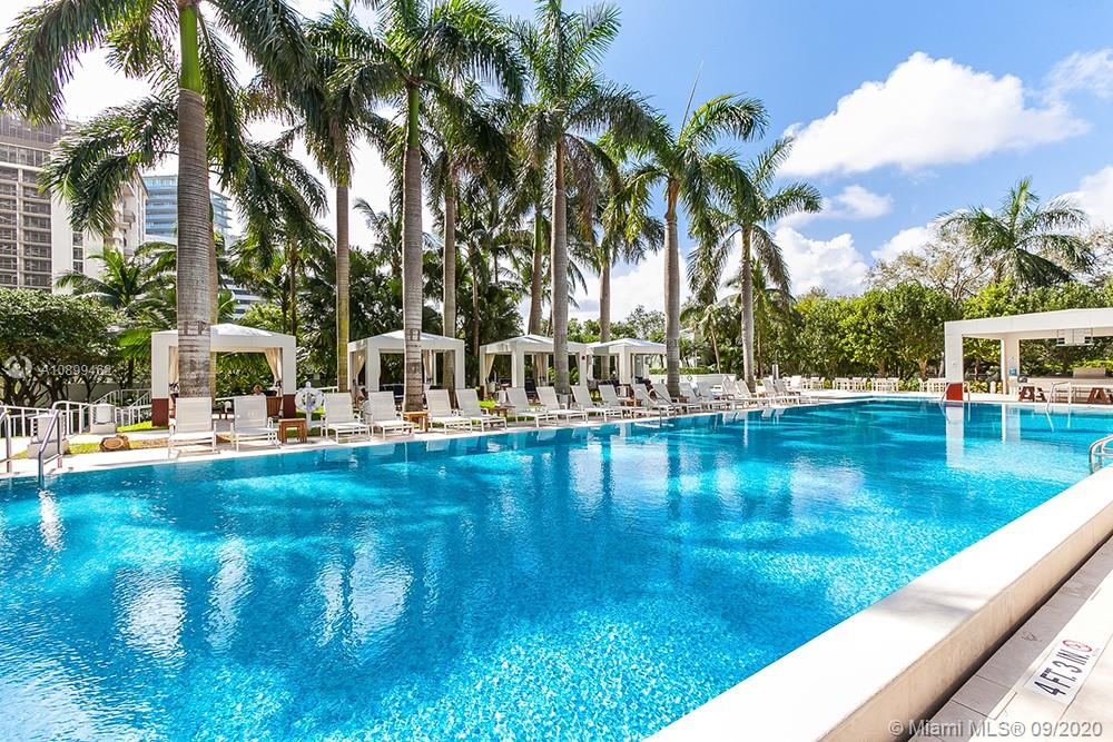 Photo of 2627 S Bayshore Dr #2201 listing for Sale