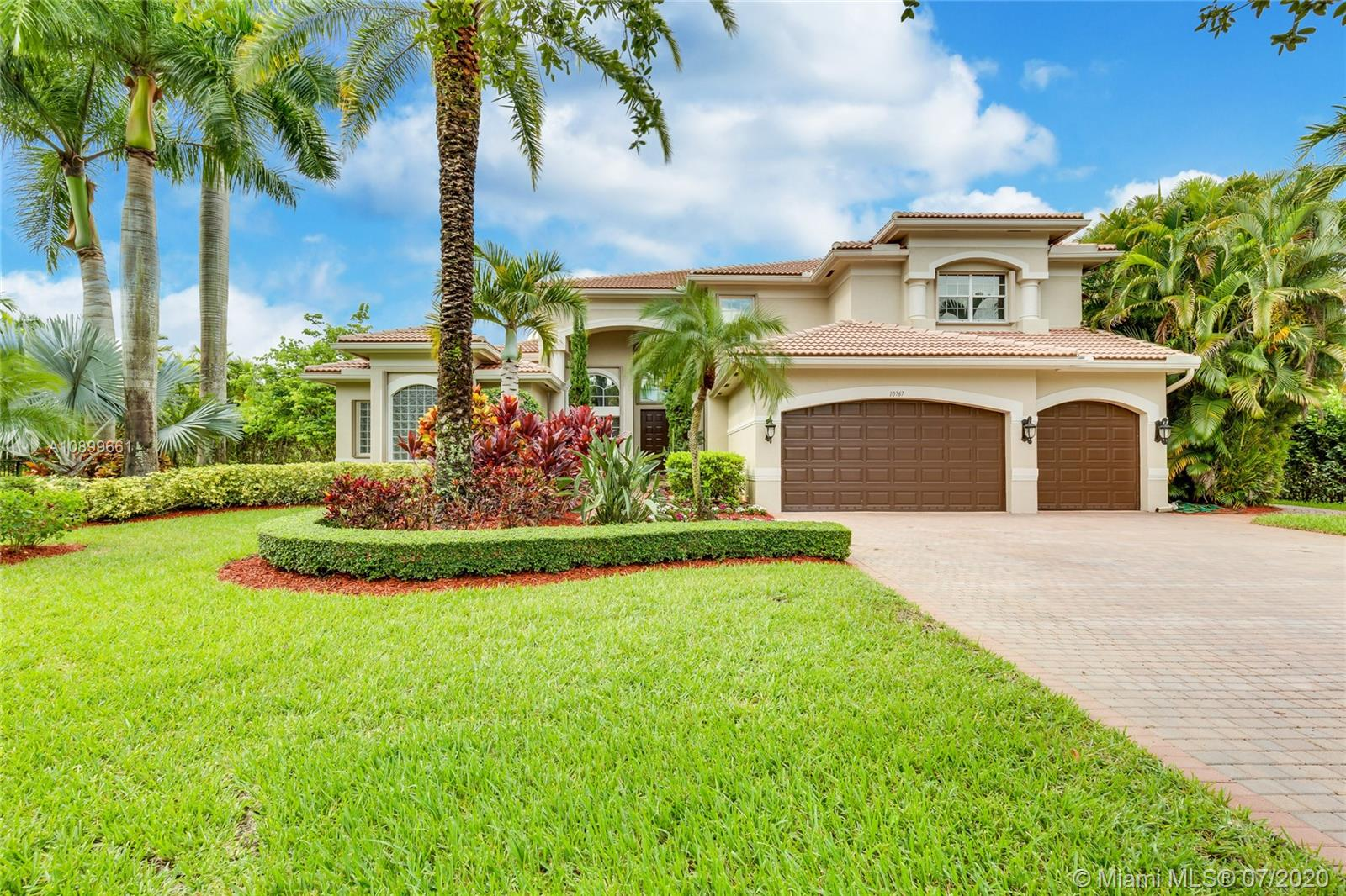 Long Lake Ranches - 10767 Garden Ridge Ct, Davie, FL 33328