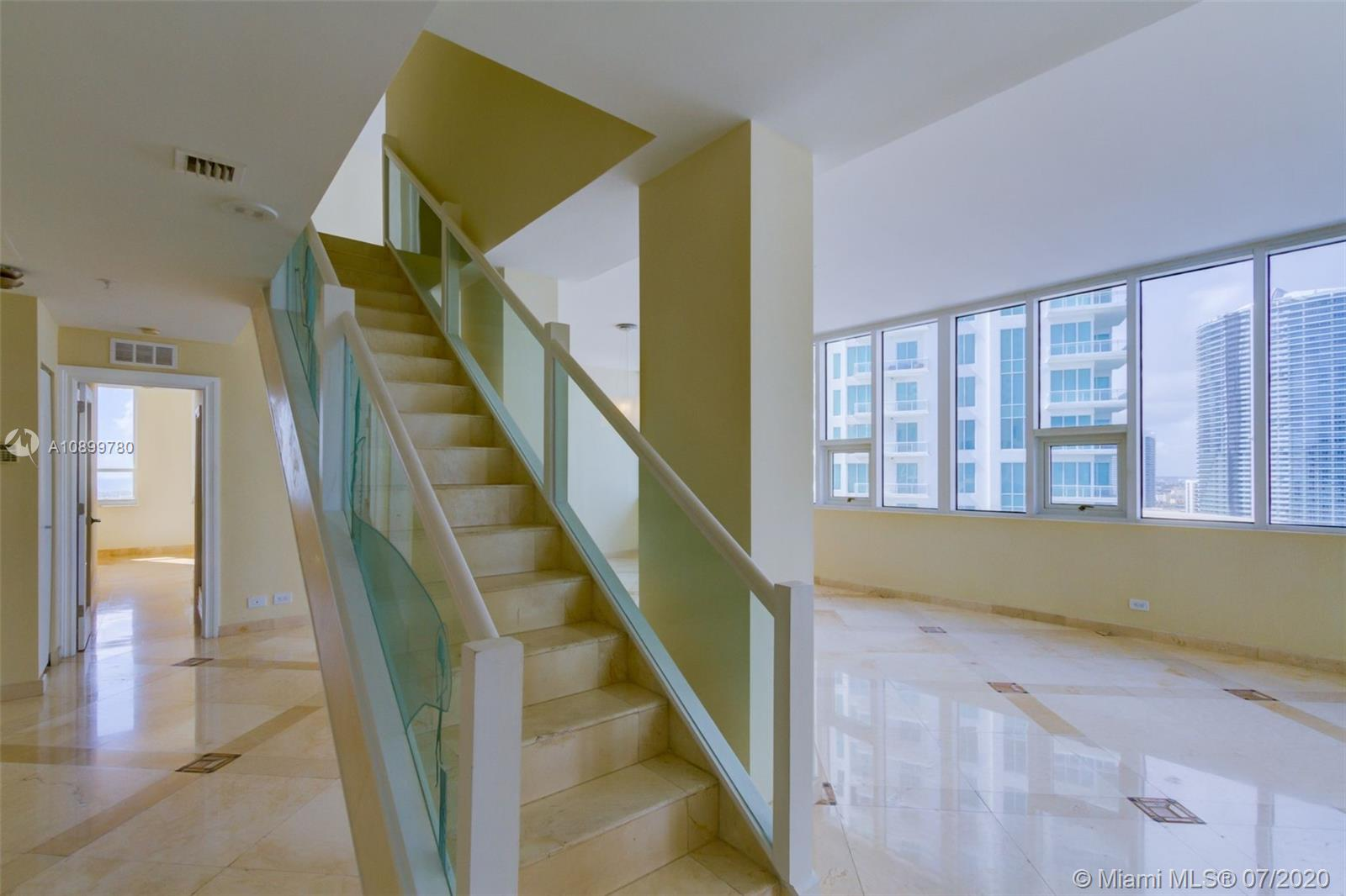 888 Brickell Key Dr #PH2802 photo02