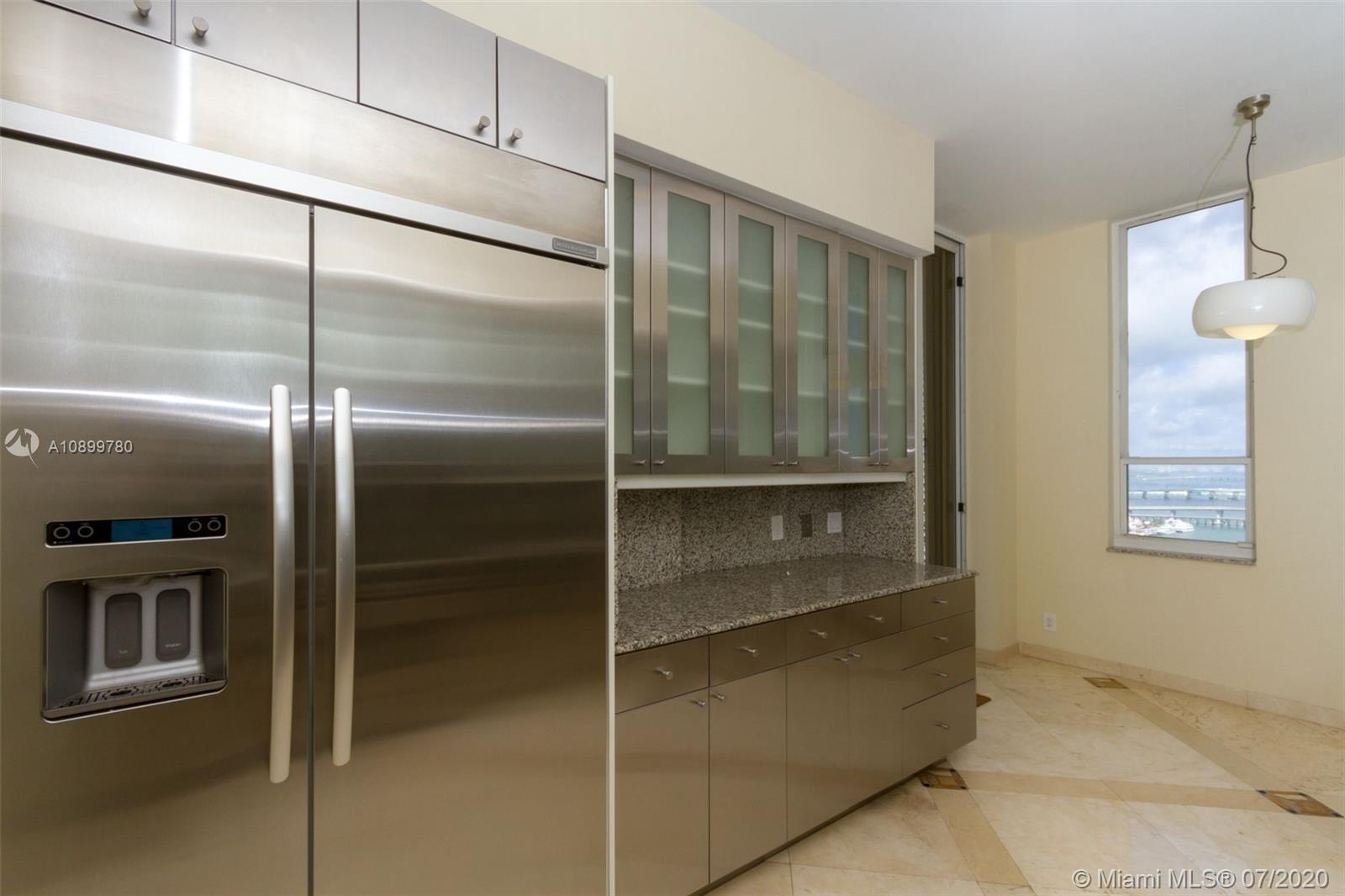 888 Brickell Key Dr #PH2802 photo06