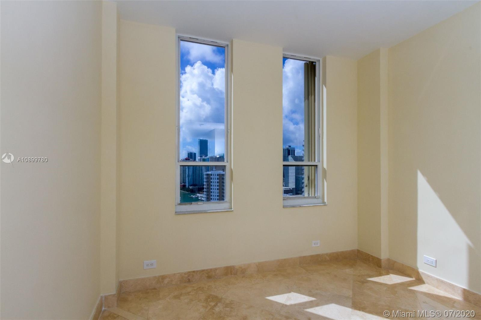 888 Brickell Key Dr #PH2802 photo012