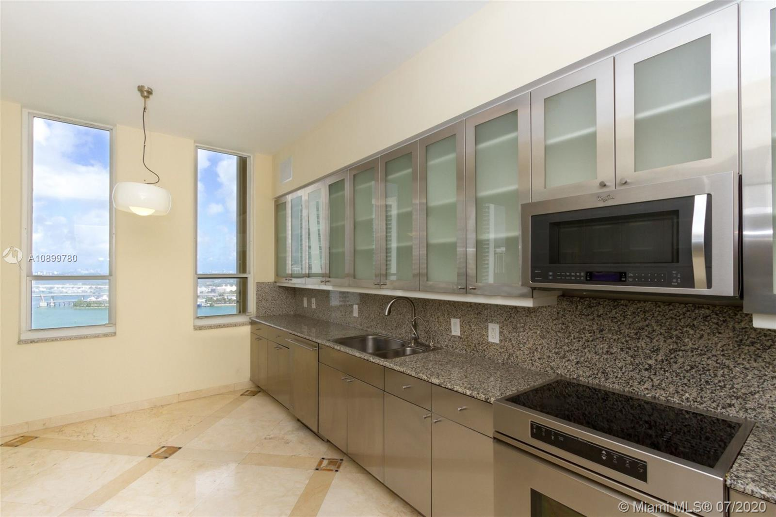 888 Brickell Key Dr #PH2802 photo09