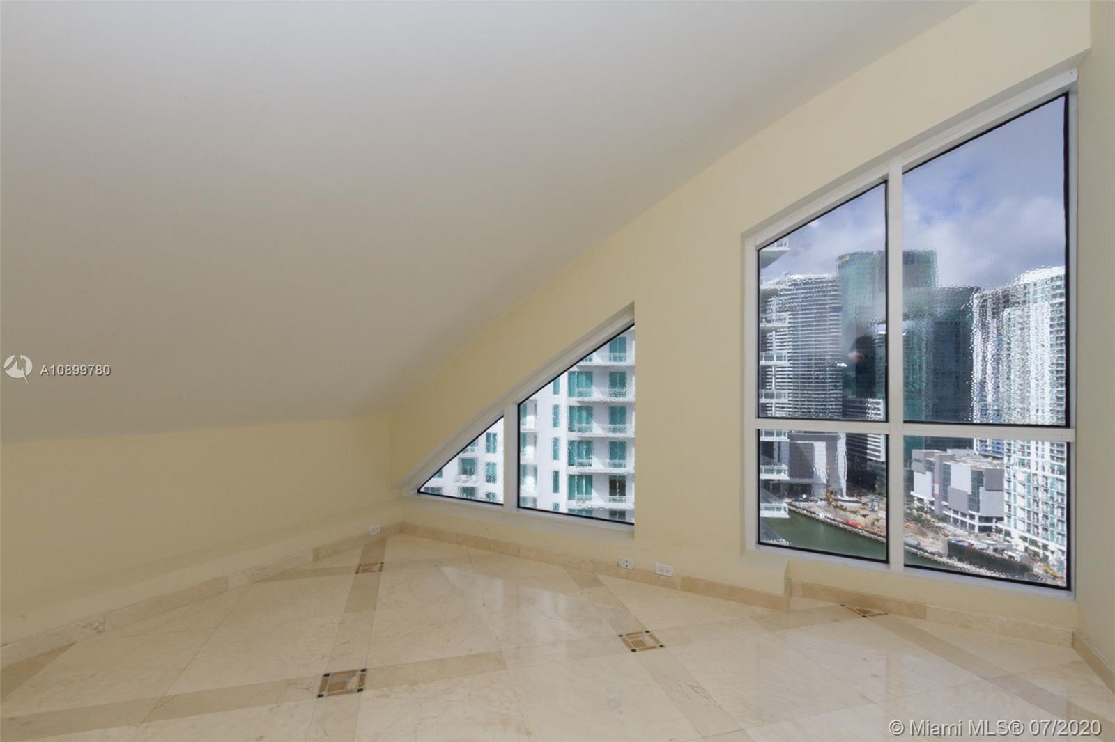 888 Brickell Key Dr #PH2802 photo024