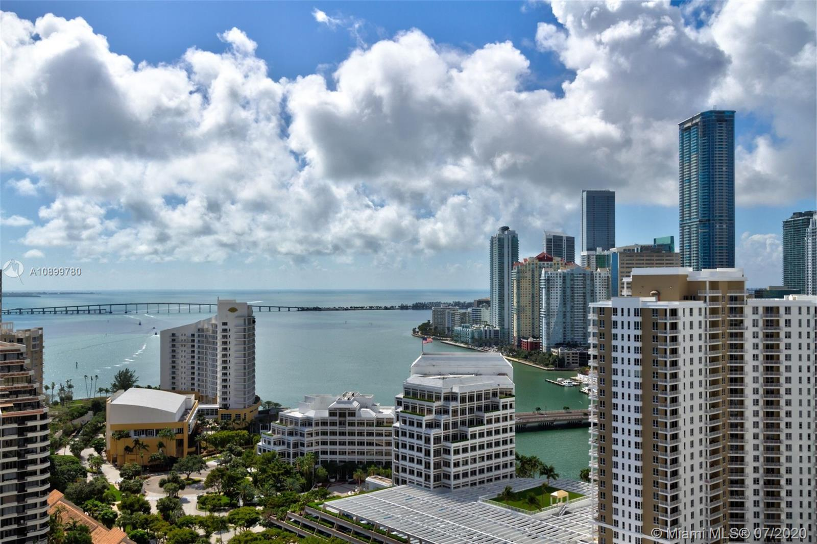 888 Brickell Key Dr #PH2802 photo030