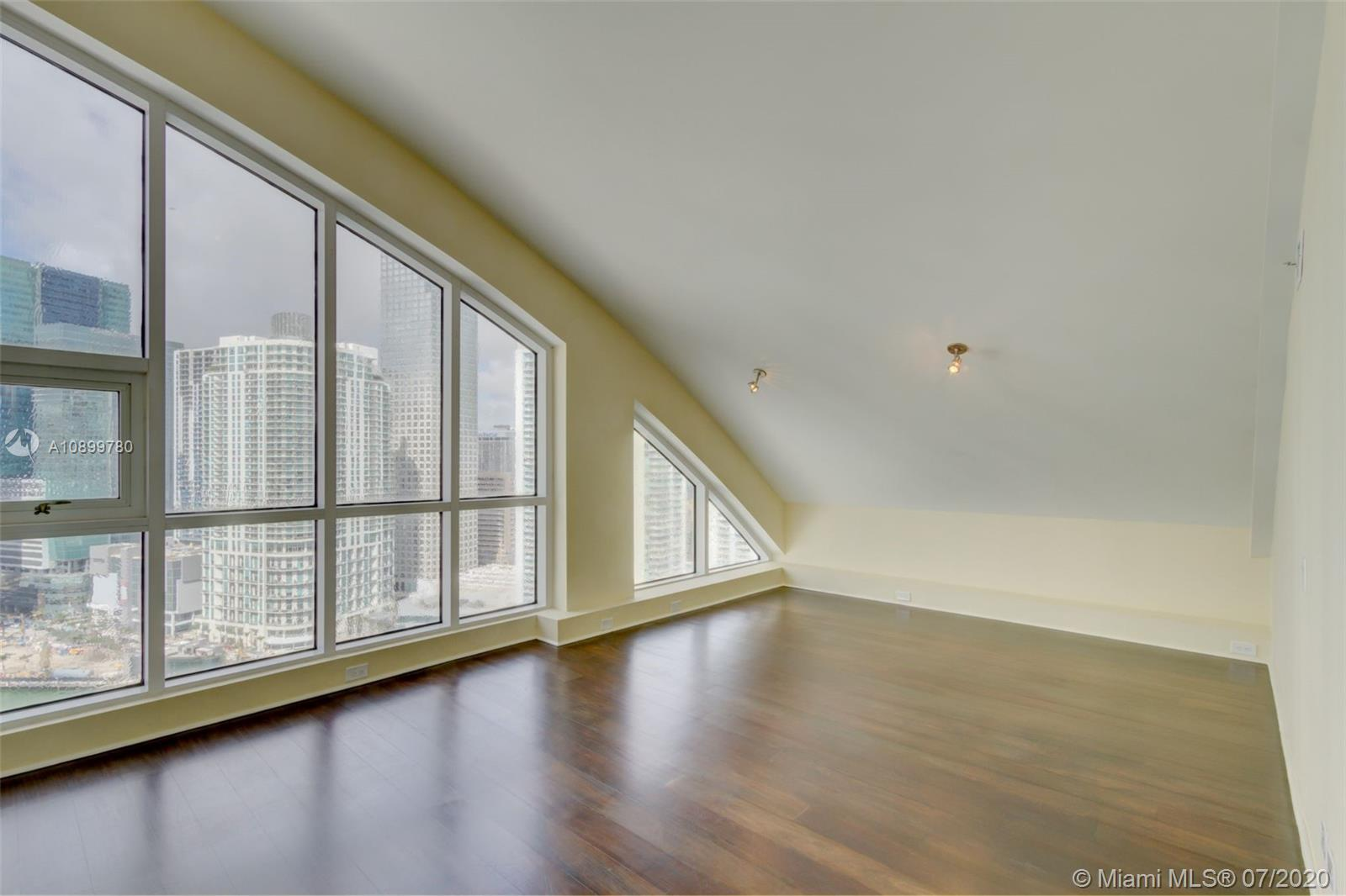 888 Brickell Key Dr #PH2802 photo033