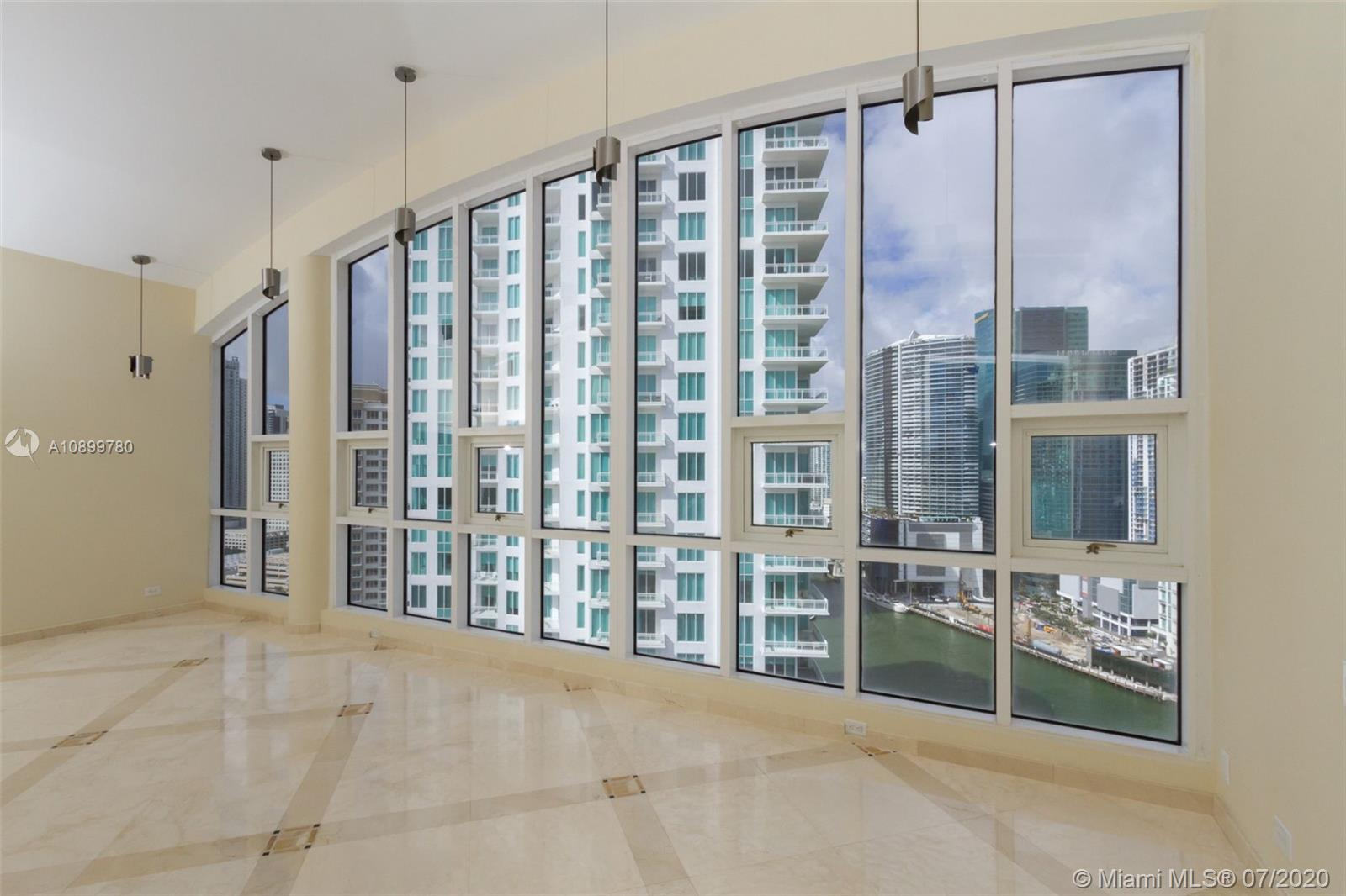888 Brickell Key Dr #PH2802 photo029