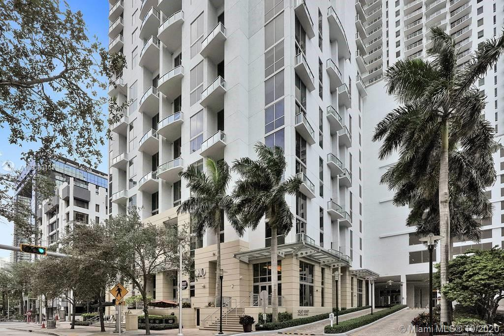 1060 Brickell Ave #1411 photo037